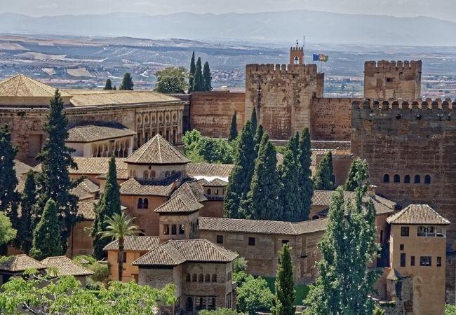 Terra di Mezzo - DESTINAZIONI - Tour dfell'Andalusia