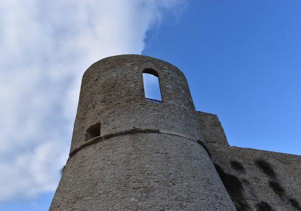 Terra di Mezzo Viaggi - Destinazione - Abruzzo e Trabocchi Tour Borghi Italia