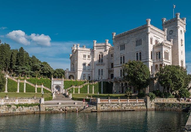 Terra di Mezzo Viaggi - Destinazione -Trieste e Istria Tour Borghi Italia